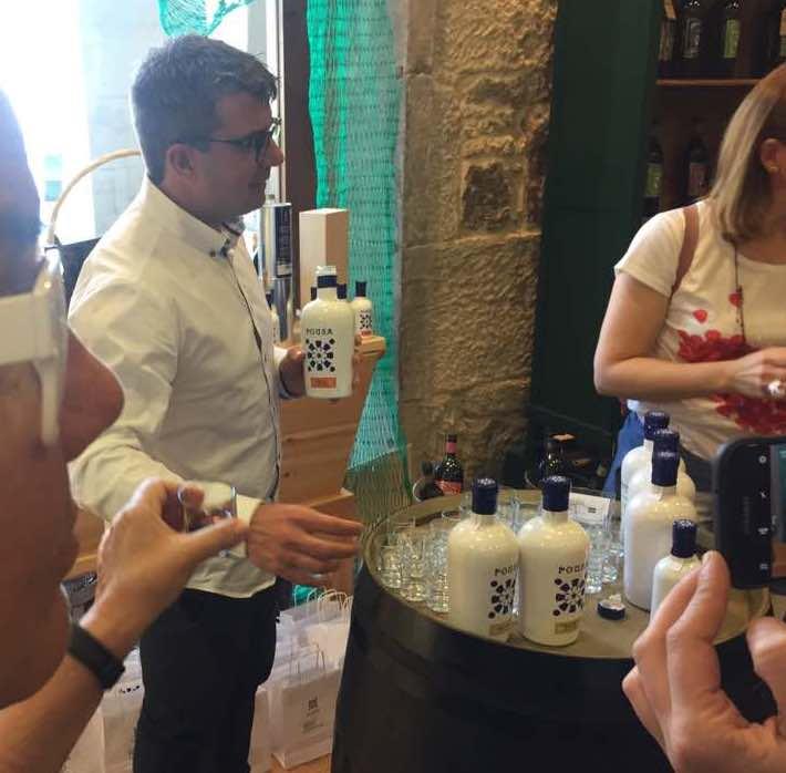 licores pousa artesano gallego café hierbas